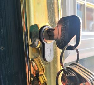 Anti snap locks dalkeith